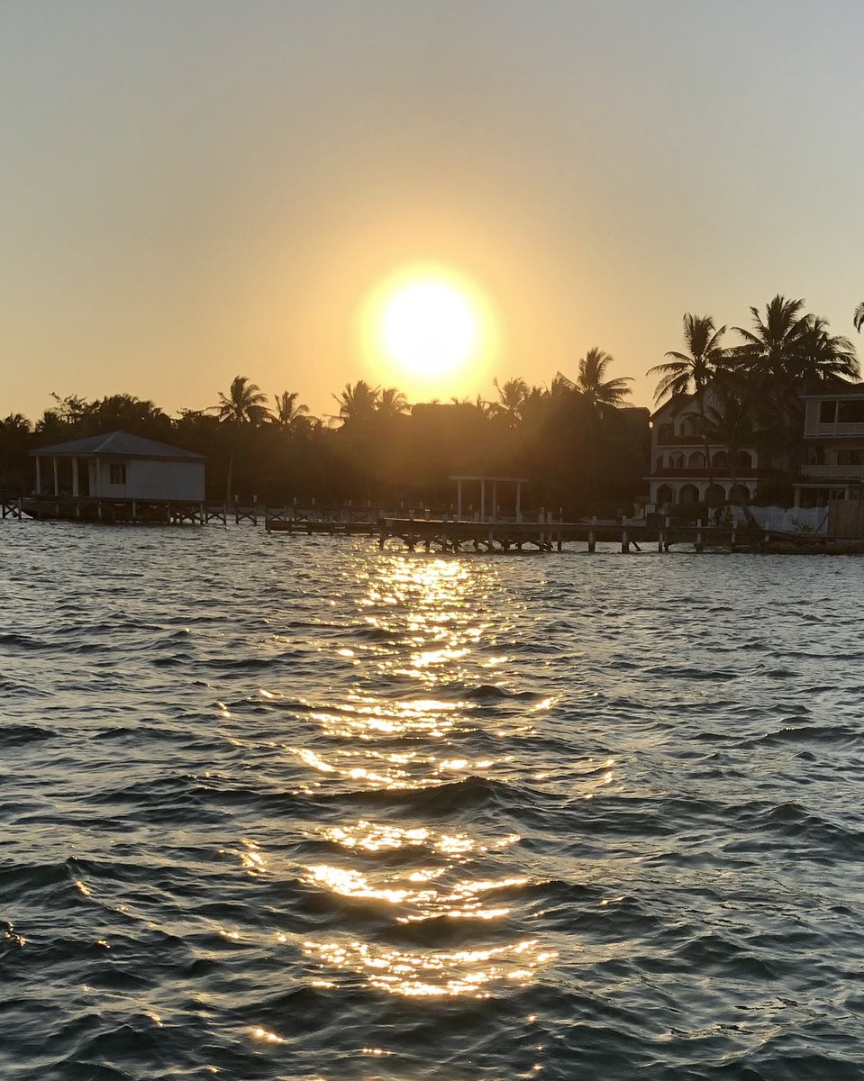 test Twitter Media - belizevacation: RT KurtGregory1: Sunset on another great day at Ambergris Cay Belize! ⁦RealSaltLife⁩ #beauty #sunsets #beachlife #nature #SanPedro #Belize ⁦weatherchannel⁩ https://t.co/1BsGCAFsbU