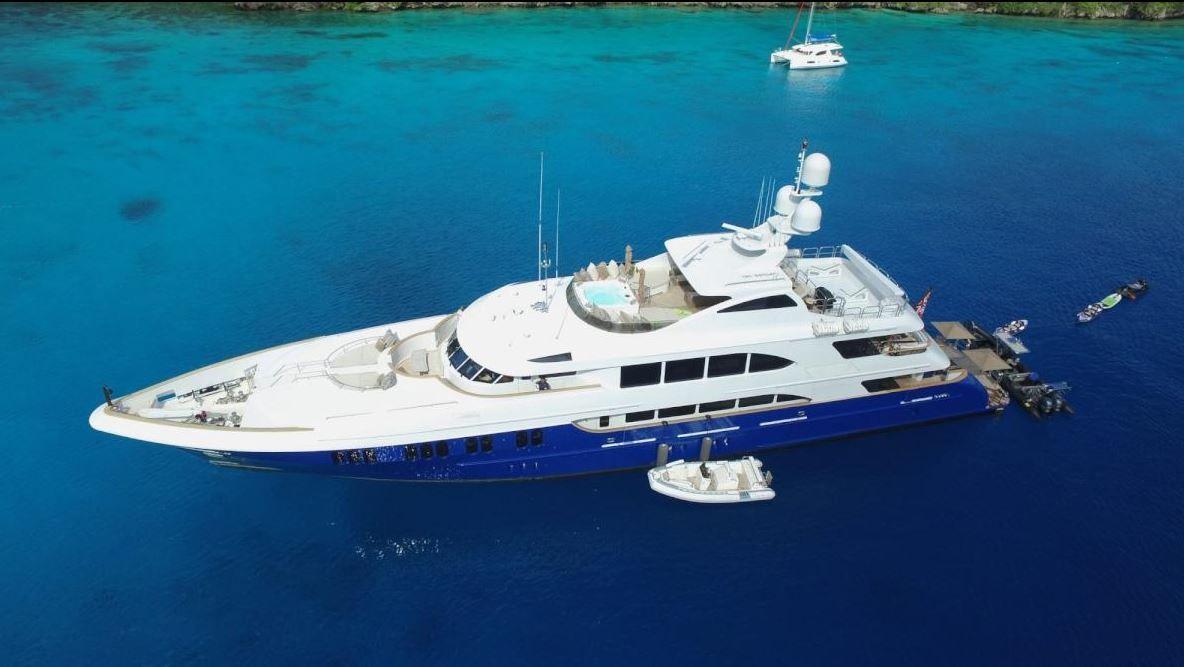 Discount Yacht LA DEA II  #taylordyachtcharters FTL 954-803-2596 MS 601-442-1713 #yachtcharters #yachting #charters #luxury #fun #vacations  #millionairelife #lifestyle #expensive #class #yachts #inspiring #Mediterranean #Caribbean #worldwide #life #travel