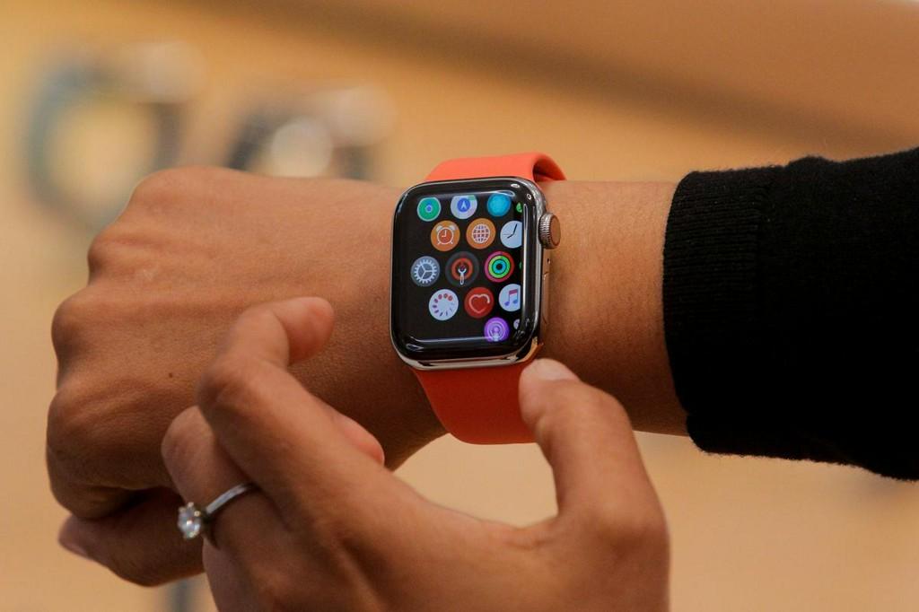 Apple, J&J to study if Apple Watch app leads to lower stroke risk
