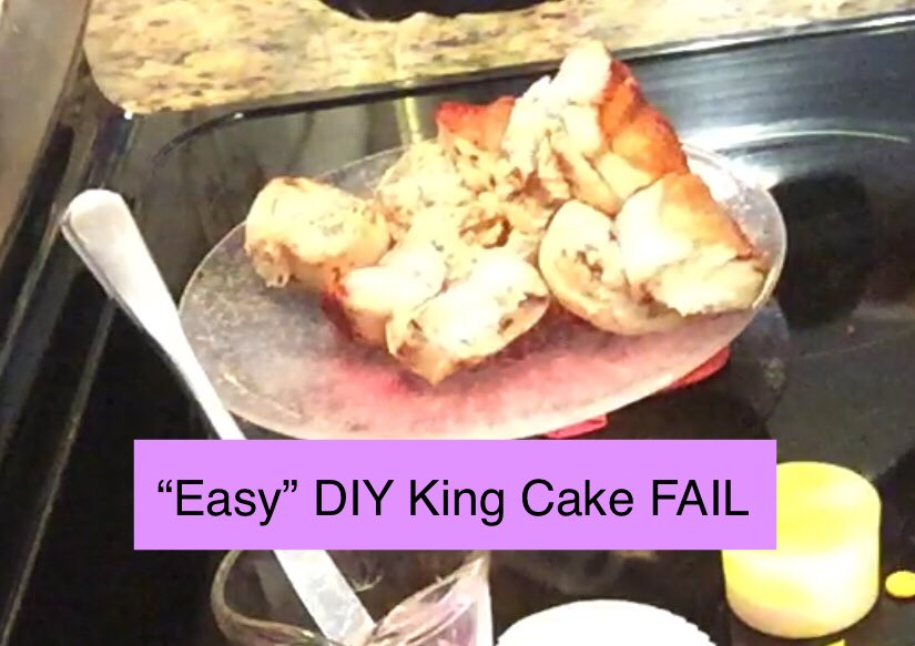 """This messy heap of cinnamon buns was supposed to be an """"easy"""" DIY #KingCake (video coming) My kids think I should be on #naileditnetflix & this next video may just be my audition. #nailedit #fattuesday #mardigras #bakingfail #stillyummy @kendra_tierney made it look so easy!pic.twitter.com/4L0ZRzquoV"""