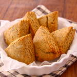 ご自宅にオーブンのある方は是非!ホットケーキミックスで簡単に作れる「ミルクティースコーン」のレシピ!