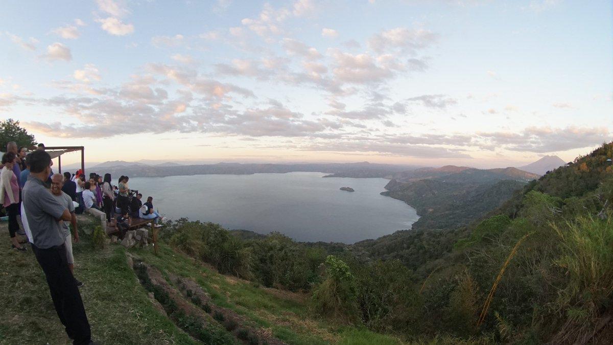 Increible como pued ir de las montañas al lago en tan poco tiempo en nuestro pais  😍💯📷  #ElSalvador #sivar #photooftheday #photographer #sonygalery