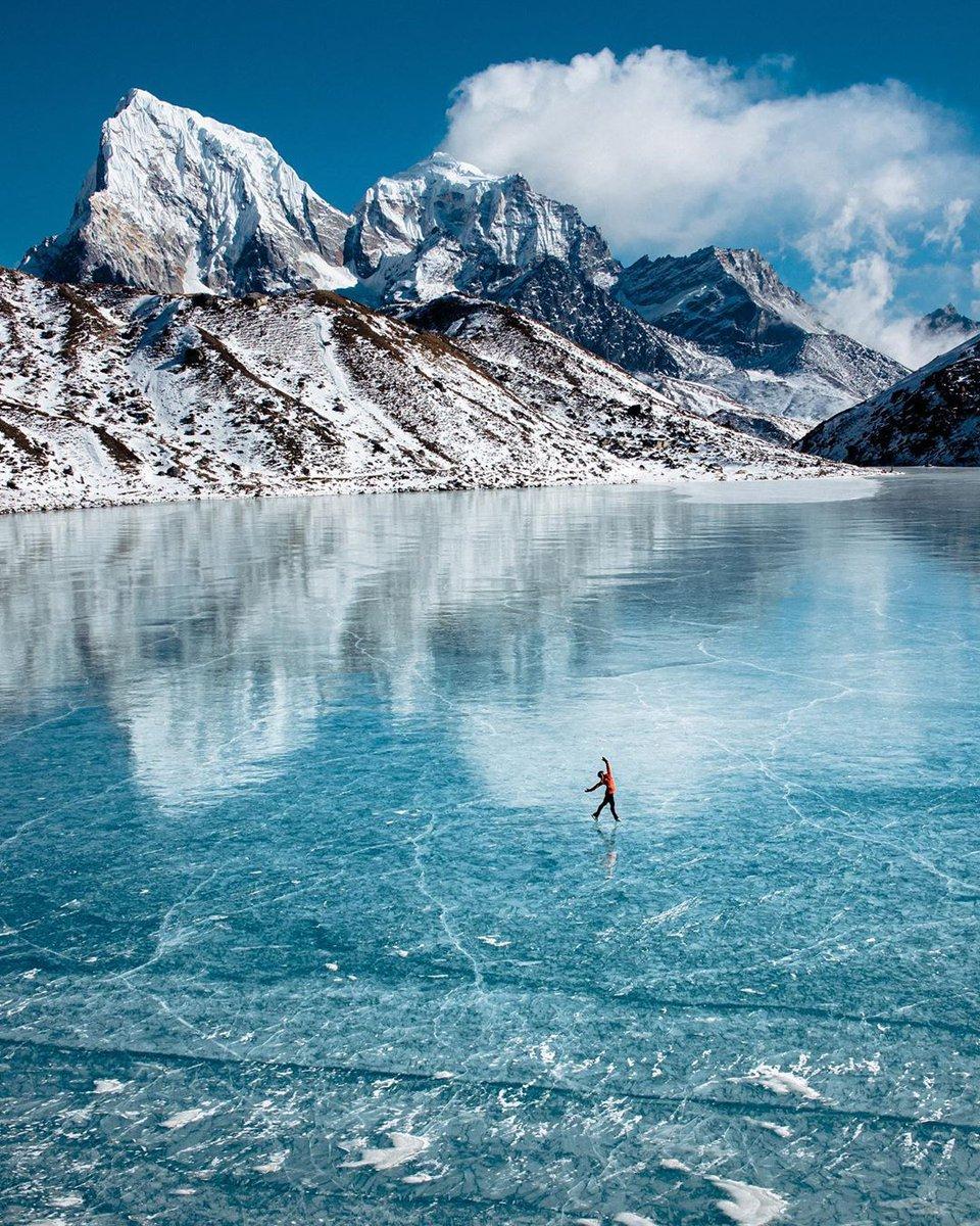 Ice Skating at Gokyo Lakes!    Photo Courtesy: Nico 'ninja' Kalisz  #nepal #gokyo #gokyolakes #himalayas #everest #visitnepal2020 #iceskatingpic.twitter.com/U4p0eyYJMo