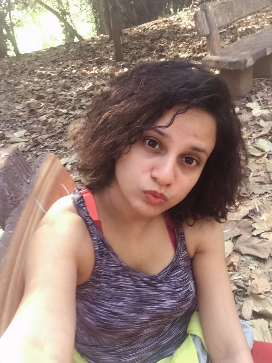 Self love after a quick run in the woods #selfie 😆 #pune Lake side life is #crazy 😁 #goodmorning world!