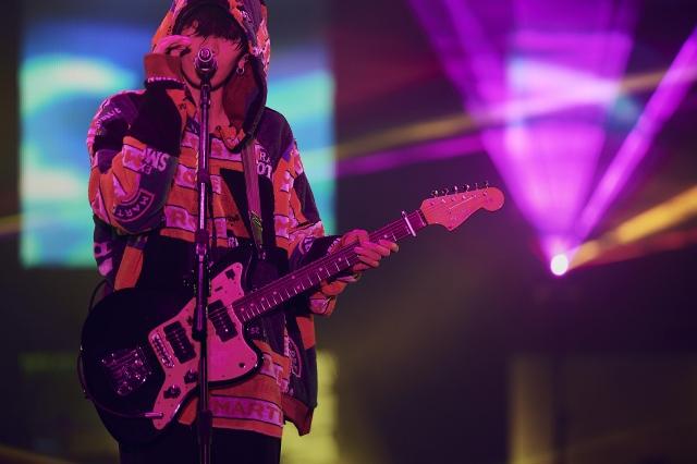 【新型肺炎】米津玄師、宮城・三重4公演を中止現段階では、中止か延期かは未定だが、計4公演のチケットを払い戻す。2週間後に予定されている大阪公演以降は、現段階で実施する方向。