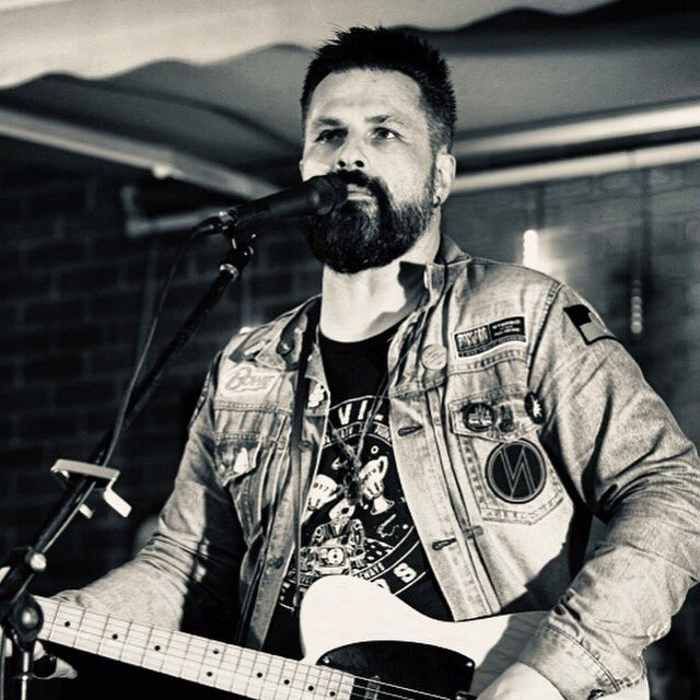@shannlions from Four Lions Music will be performing solo at @espyhotel next Thursday night (March 5). Head down to the basement; doors at 8pm and it's free entry! See you there! #americana #rock #roots #stkilda #espy #bendigo #melbourne #classicrock 📸@skwestmore