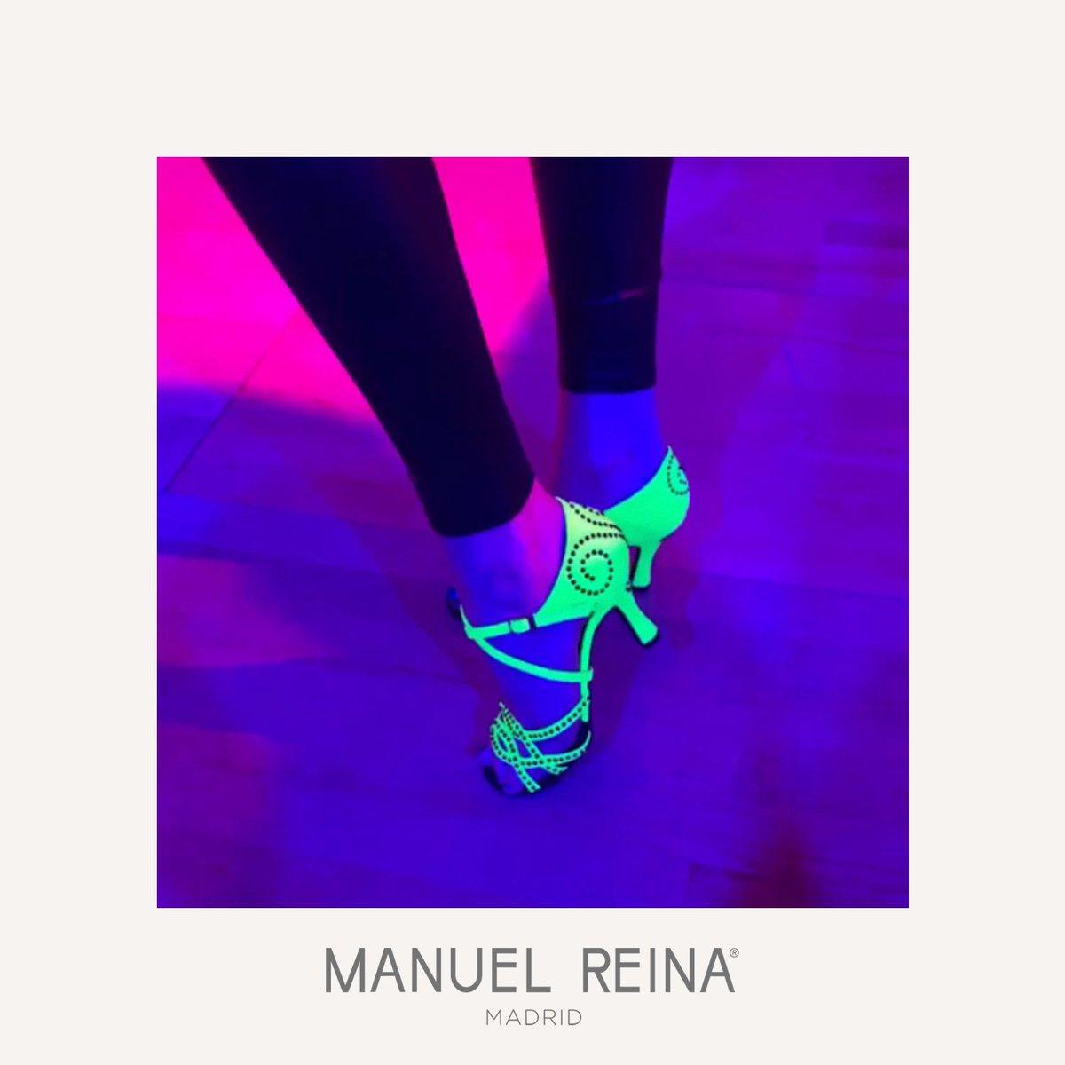 La noche es pura magia  . . . . . #dancing #ballet #dancers #edm #dj #rave #instadance #choreography #dancelife #housemusic #танцы #techno #dancemoms #ballerina #flexible #plur #house #dancemusic #dancefloor #flexibility #manuelreina #mnlrnshs #fluorpic.twitter.com/UwOnCXDJCM