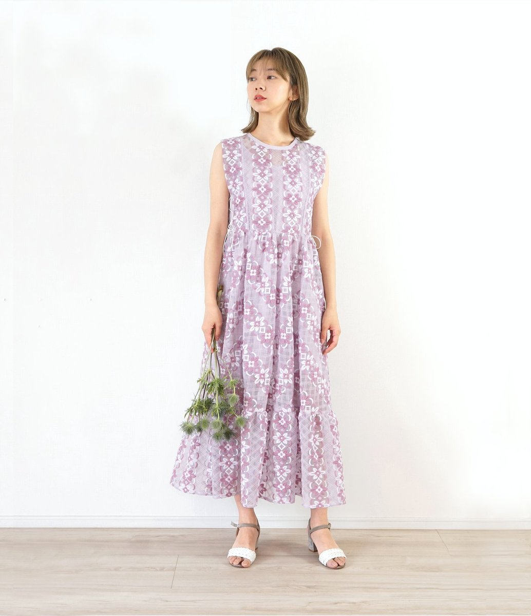 . Enlee.2020SS COLLECTON. Embroidery dress. #enlee #3月販売予定 #刺繍ドレス #オリジナル素材 #オーガンジー #2020SS #コレクション #ルック #スペシャルな日に #パステルカラー #enlee #japanmade #collection #tokyo #japan #dress #heightend #embrodaery  pic.twitter.com/kMKOvUCRB3