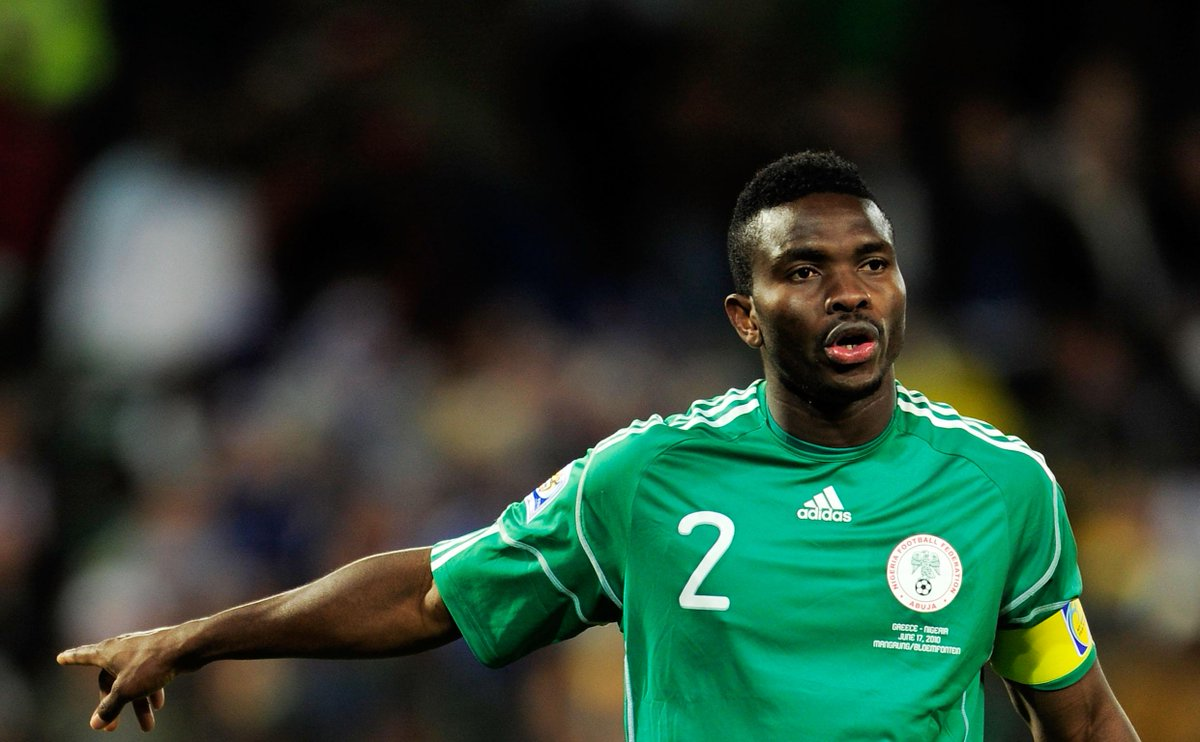 Assistant Eagles coach Yobo prepared to prove critics wrong -  http://www. brila.net/assistant-eagl es-coach-yobo-prepared-to-prove-critics-wrong/  …  <br>http://pic.twitter.com/DXIIUAhxYU