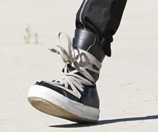 bangtan's shoelaces are more complicated than my life............<br>http://pic.twitter.com/dCmbmZc08S