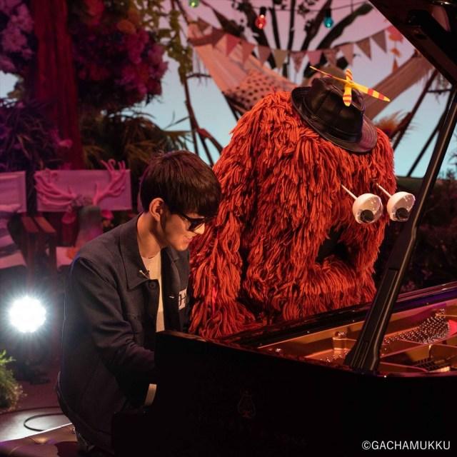 【鬼滅の刃OP】ムック、ピアノで「紅蓮華」連弾に挑戦NHK『沼にハマってきいてみた』の3月4日放送分で演奏。ムックは収録後、「紅白に出たい」など今後の野望も語っていた。