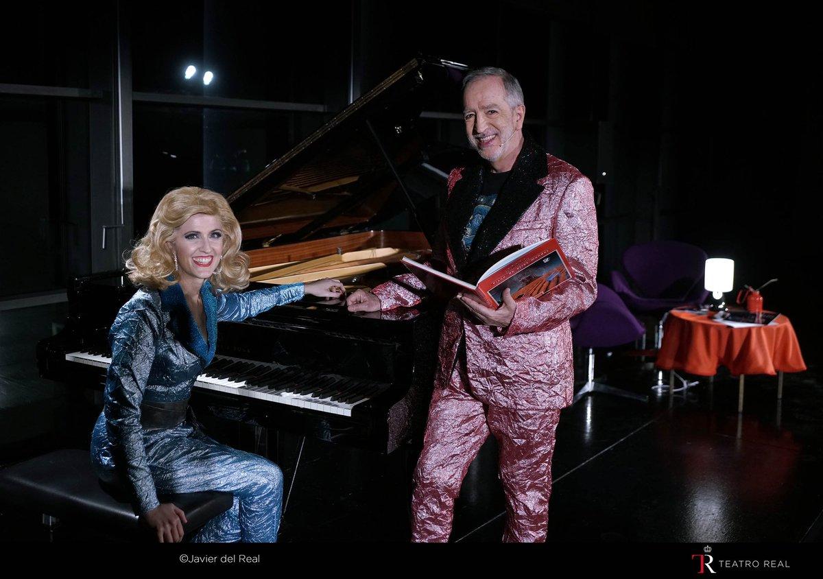 Seguimos este fin de semana en el @Teatro_Real, en su Sala de Ensayos (con sus ventanales a la Plaza de Ópera) El recital #PianoDeOtrosMundos para todos los públicos. Con @DombrizIsabel Del barroco al pop, del impresionismo al jazz... cuentos sobre pianos extraordinarios.pic.twitter.com/EdB5VV4A0n