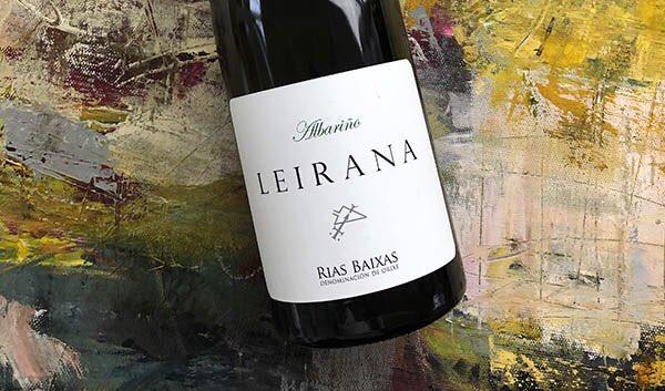 Nu er vi der igen … altså i #riasbaixas i den i nordvestlige del af Spanien og atter med en vin på #albariño nemlig vinen Leirana fra #bodegasforjasdelsalnés #jyskvin #houlbergsblog #wineblogger #winelover 5/7