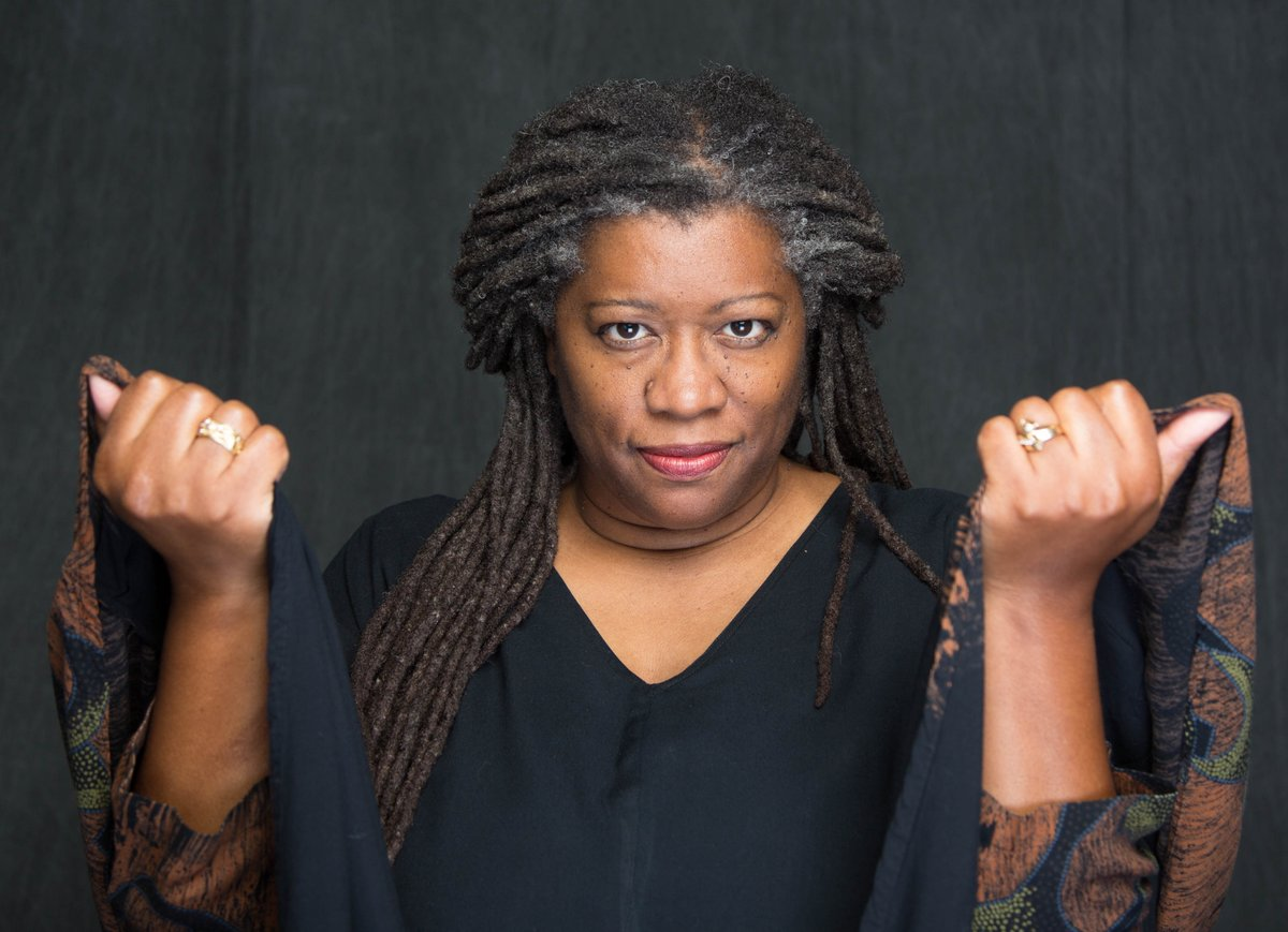 Read all about the marvelous Donna Washington @dlwstoryteller - one of the featured #storytellers in the Women's Storytelling Festival, March 13 and 14, in the City of Fairfax, VA. http://www.bettersaidthandone.com/2020/02/26/womens-festival-spotlight-donna-washington/… #womensstoryfest #womensvoices #storytellingpic.twitter.com/OswrownoSE