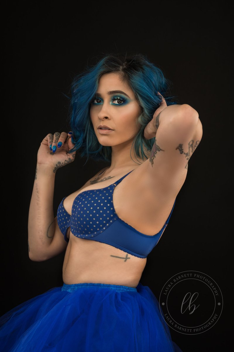 Blue is the color of peace. Water is blue. I like the color blue because it just puts me at peace. The patriotic symbol is blue. I just like blue. -Antonio Brown #lasvegasphotography #Blue #photography #photograph #photo #pics #model #lasvegas #lasvegasphotographer #picoftheday pic.twitter.com/JLcbYMd3YY