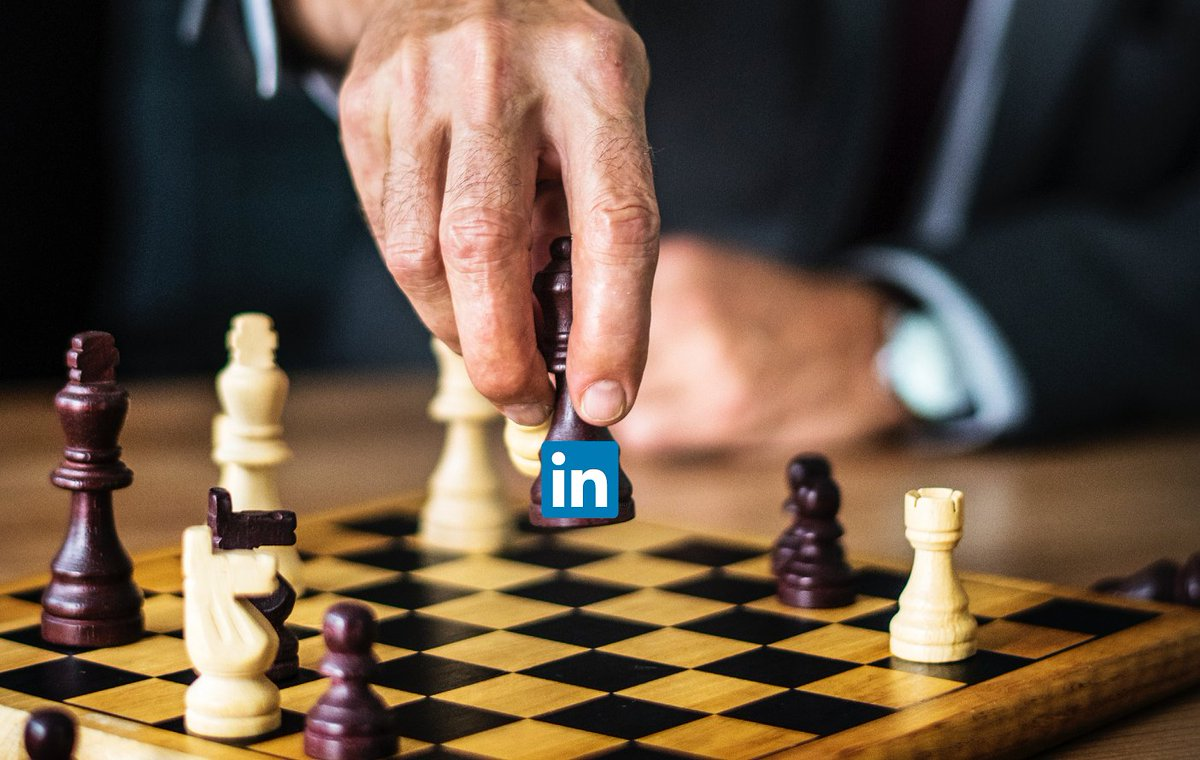 The Endgame for LinkedIn Is Coming | @Medium   https://zcu.io/W9Px pic.twitter.com/puLk9MTp2W