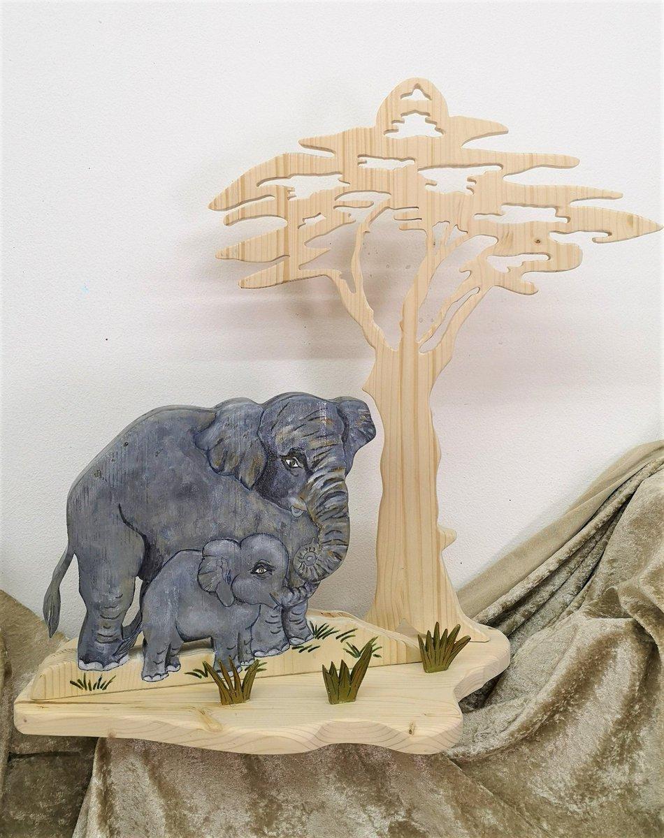 Innendeko H 50 cm B 43 cm für Elefantenliebhaber: Elefanten mit #Baum aus Vollholz selbst zugeschnitten und handbemalt Tiere Afrika Asien #Wohnen #Handarbeit ausBayern #etsy #elefant #tiere #afrika #asien #ausholz https://etsy.me/2SYHnzkpic.twitter.com/0HSLZehwFI