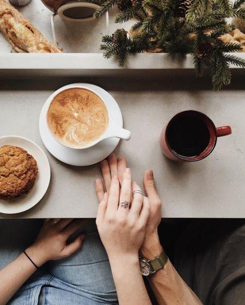 Kaffeezeit ...  Coffee time ... pic.twitter.com/pZoSeSAtaX
