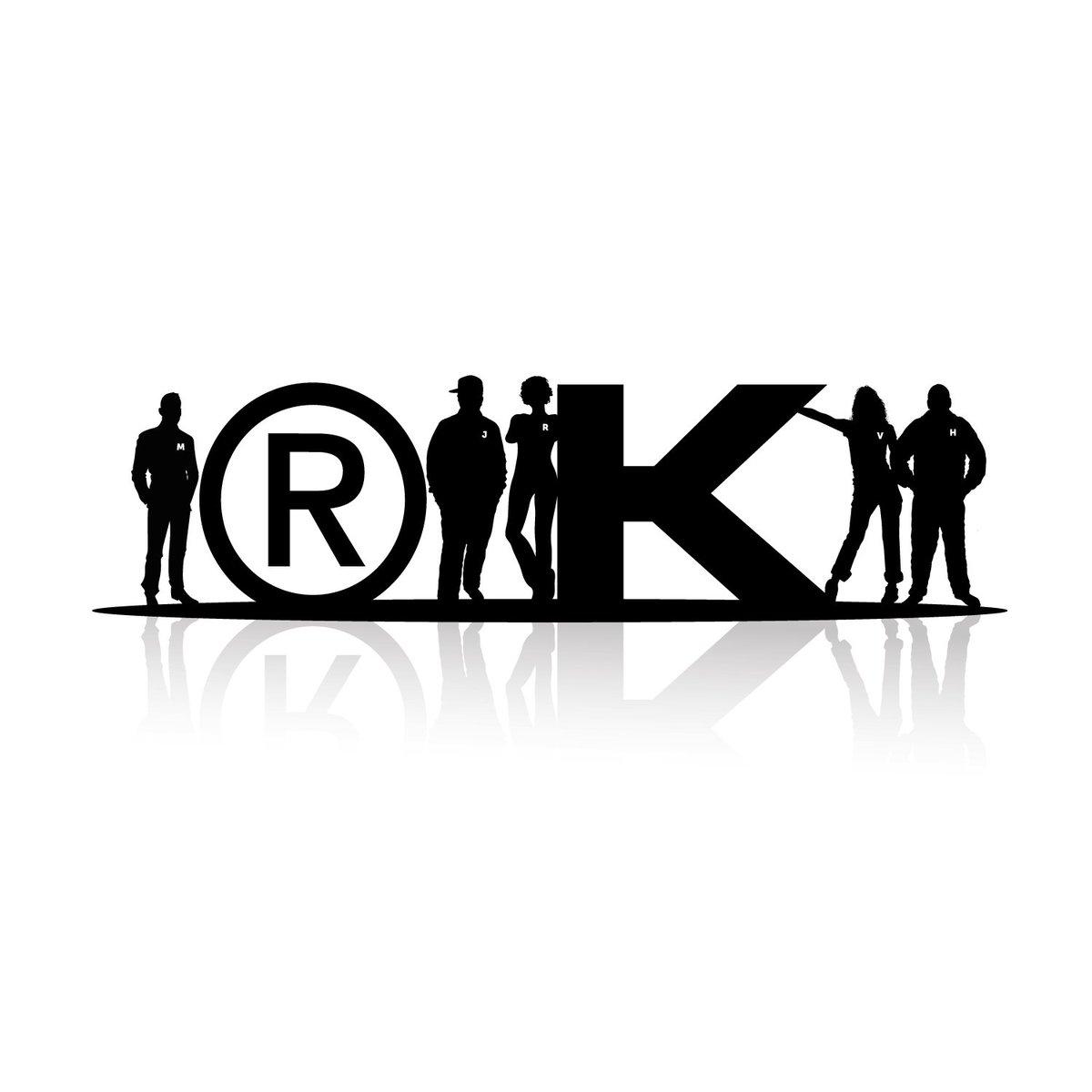 Wir.  #design #designer #indesign #illustrator #blackandwhite #life #leben #overthinking #black #team #RK #rkdesignbuero #werbeagentur #dortmund #vector #vectorart #people #kollegen #work #arbeiten #illustration #typography #typografie