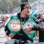 Image for the Tweet beginning: 👑 @RPrograis at Mardi Gras!