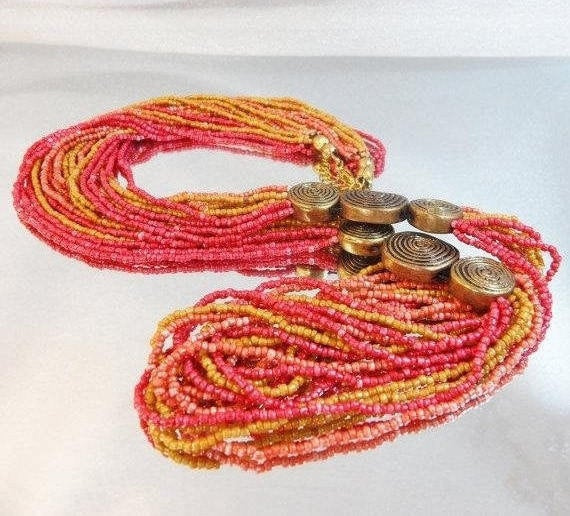 #Vintage Necklace. Torsade Necklace. Coral Necklace.  Long Necklace. Necklaces for Women. #Jewelry for Women. waalaa #antique #shopping #jewellery #gifts #wedding #etsy