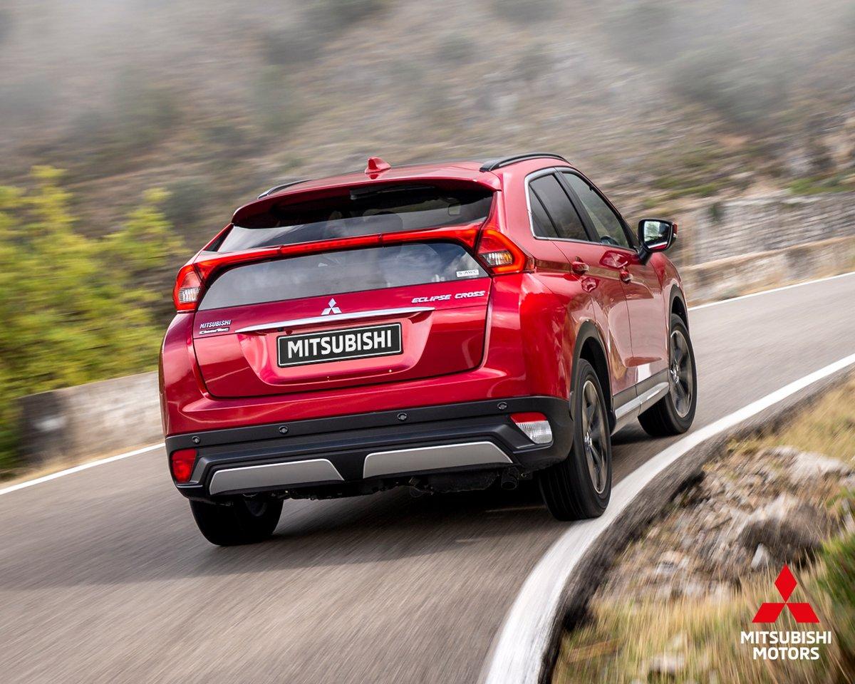 Súbete a tu #EclipseCross, adelanta a la pereza y acelera rumbo a la libertad.                #MitsubishiMotors #DriveYourAmbition