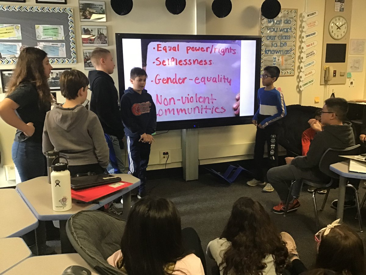 Students @CollinsSchool54 investigated several different forms of resources pertaining to their group's chosen political system of #AncientGreece. To summarize their information they used #hashtags to show main ideas of each resource. #innovate54 https://docs.google.com/presentation/d/1HXVkddWaHBcTeP72j9kNCyaY70jeLD4hT4crgsdCzds/edit?usp=sharing…pic.twitter.com/Y2j2SkMt2T
