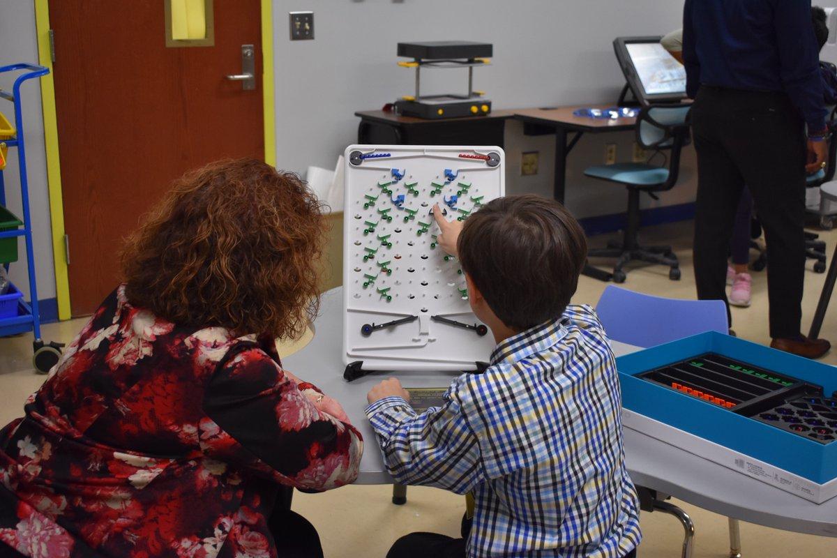STEM instruction, STEM Labs, STEAM Science Fairs, Girls that Code, DIG STEM Festival, Robotics team...just a few of the STEM Initiatives taking place in Barnwell 45 School District #STEM #STEMeducation @USCAikenpic.twitter.com/XRLyMxFvtl