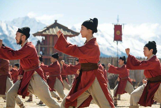Mulan Production Still ERtzRuIUcAAHQL_?format=jpg&name=small