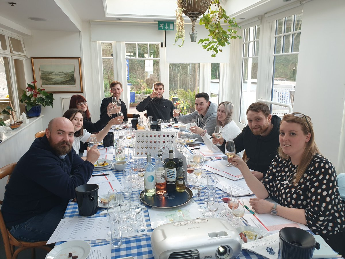 #FoodPairing with the team @CaryArms today for the #WSET Level 1 course with #WineEducator @RebeccaMWines discovering #Flavour combinations with #WineTasting using our #TasteBuds #Sweet #Sour #Salty #Bitter #Umami