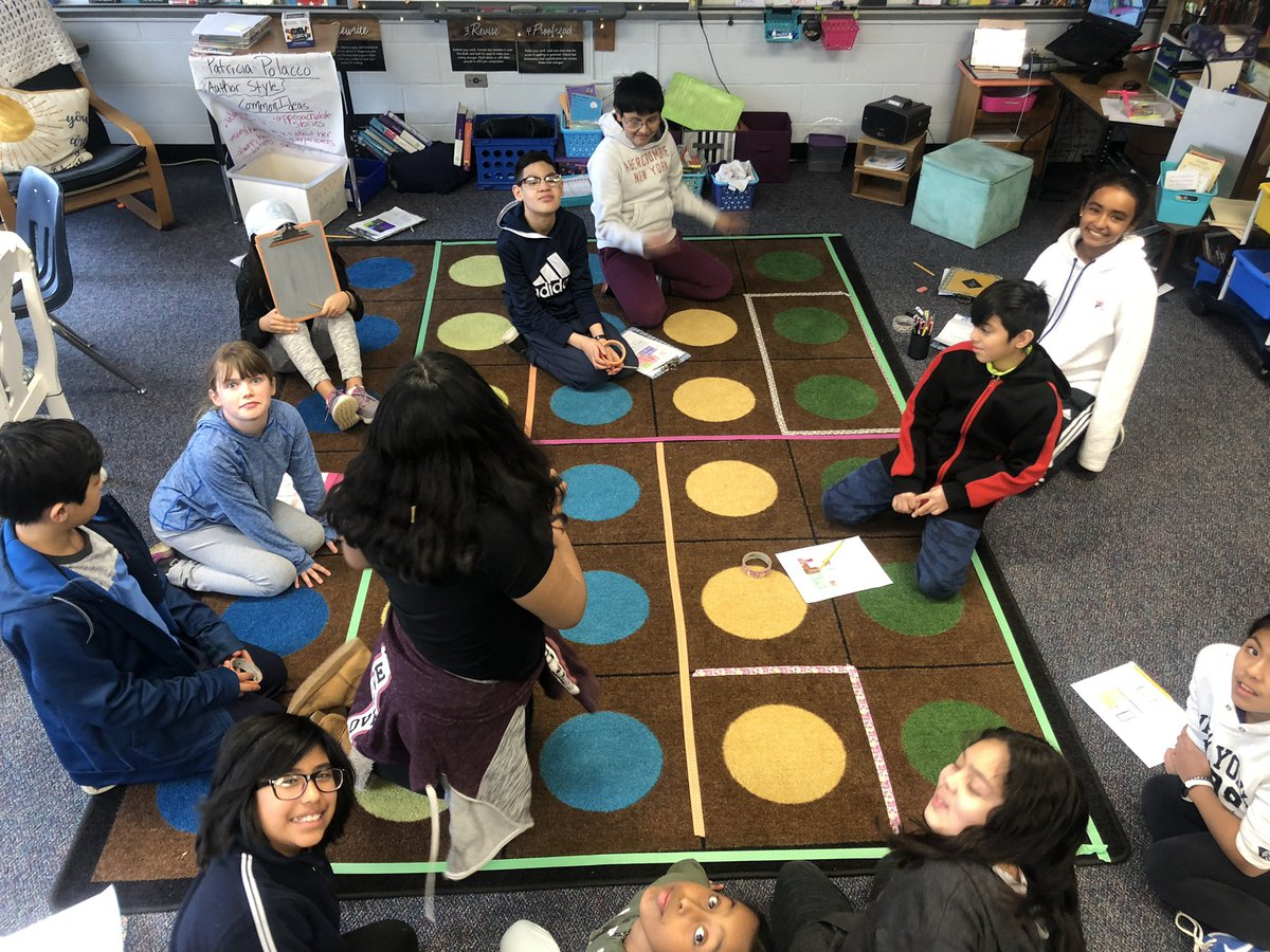 Our classroom carpet was the perfect place to discuss fractions of a room! <a target='_blank' href='http://twitter.com/CampbellCounts'>@CampbellCounts</a> <a target='_blank' href='https://t.co/hJu2aj50LZ'>https://t.co/hJu2aj50LZ</a>