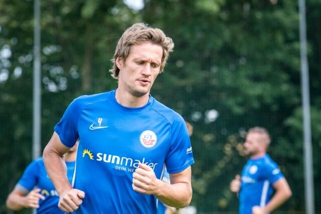 (http://liga3-online.de) Hansa Rostock: Trio um Bülow trainiert wieder voll mit   @HansaRostock   http://bit.ly/2T4WiIppic.twitter.com/oA36BGKXdC