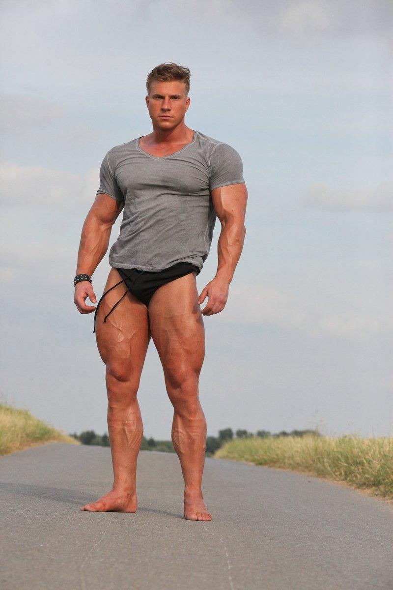 #FitnessBoy #fitnessgoal #bodygoals #FitnessModel #gains #gymgoals #fitness #shredded #muscle #bodybuilder #FitnessMotivation #fitlife #bigchest #bodybuilding #hotbody #muscles #bodygoals #fitgoals #MuscleMan #fitnessgoals #musculation #hotmen #Sweat #Ripped #fitbody #fitgoalspic.twitter.com/V2DsSt2aIM