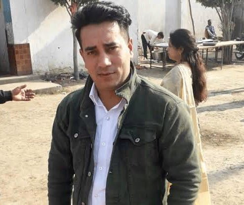 Ankit Sharma. Gathered intelligence to protect this nation.In this nation, he is dragged by 40-50 people, undressed, tortured, face and upper body smashed with heavy objects till his last breath.This is my nation.#DelhiRiots2020 #ArrestTahirHussain