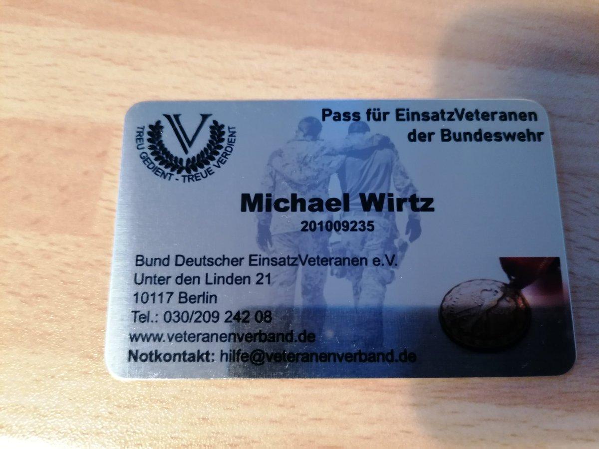 In alter Verbundenheit und auch weil #Einsatzveteranen eine Stimme und Unterstützung brauchen @EinsatzVeteran @Bw_Einsatz @BundeswehrGIpic.twitter.com/OiAwlYuJ6O