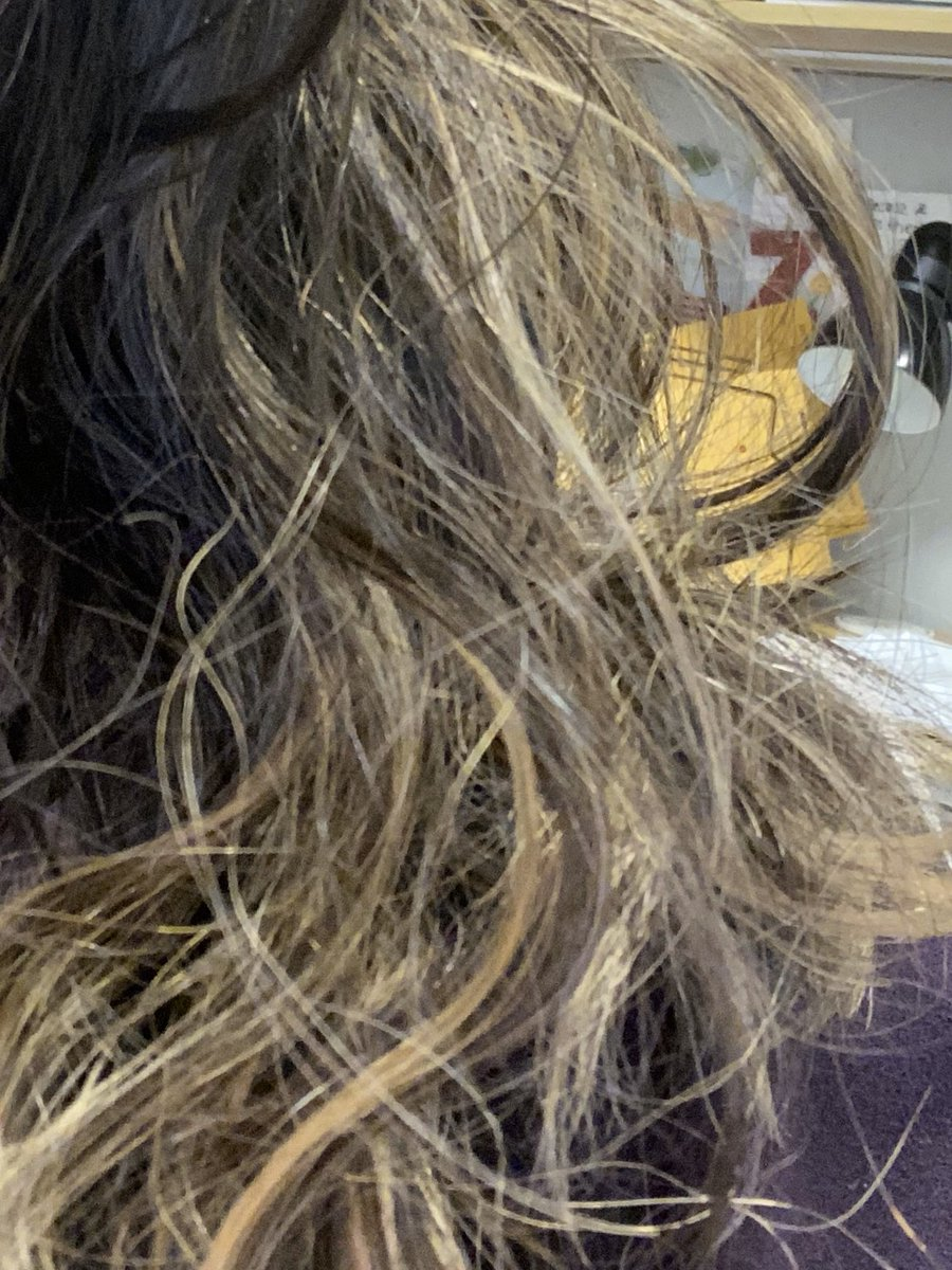 @AskDyson @Dyson - my 20 month old has either hidden or thrown away the blow dryer attachment to my airstyler. Please help! My frizzy hair thanks you. pic.twitter.com/mLT00DFyLD