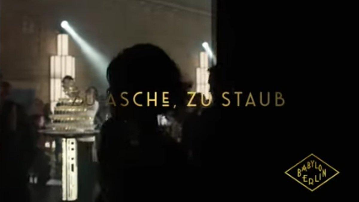 Aschermittwoch , das Aschekreuz auf die Stirn der Gläubigen der katholischen Kirche. Asche zu Asche,  Staub zu Staub. Das ist der Trailer von Babylon Berlin einer mehr oder weniger erfolgreich ausgestrahlten TV Serie. Ich vertrete menschliche Werte.  https://youtu.be/uekZpkYf7-Epic.twitter.com/elEq6GnZ20