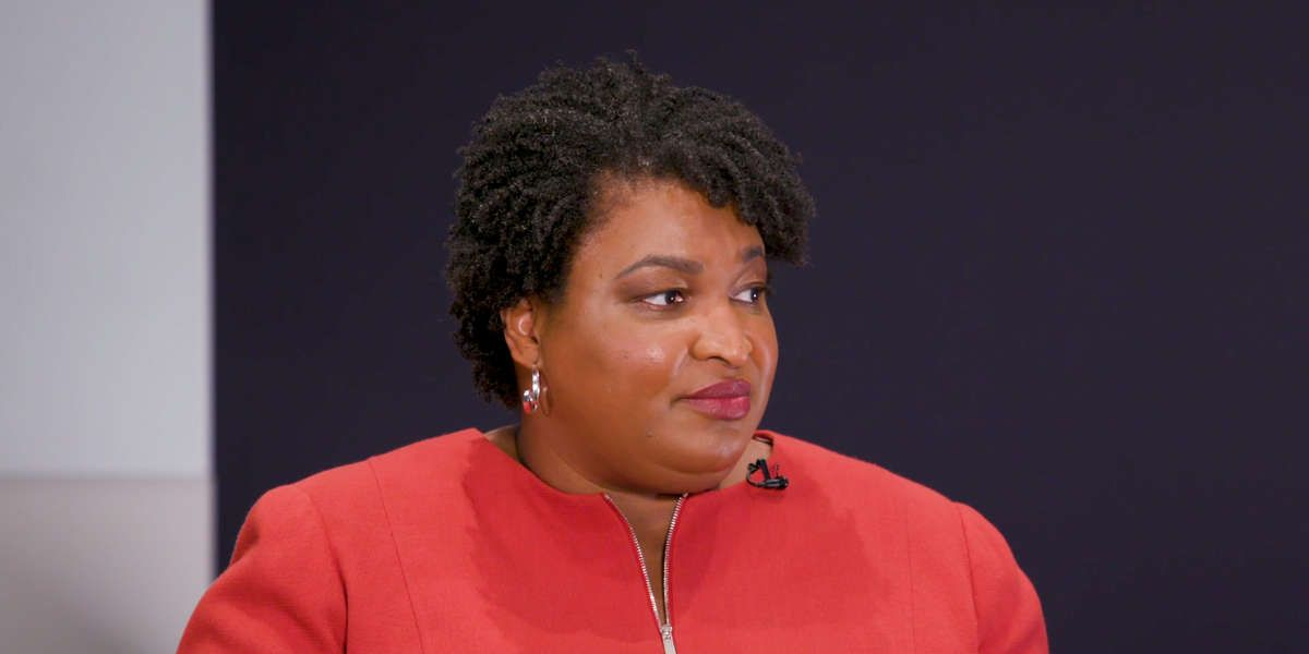"""""""If we're not talking about pulling people out of poverty permanently, then I don't know what we're talking about."""" @iamwesmoore of Robin Hood & @StaceyAbrams talked poverty, policy, & opportunity at @RobinHoodNYC's #NoCityLimits conferencehttps://buff.ly/2T2aj9F"""