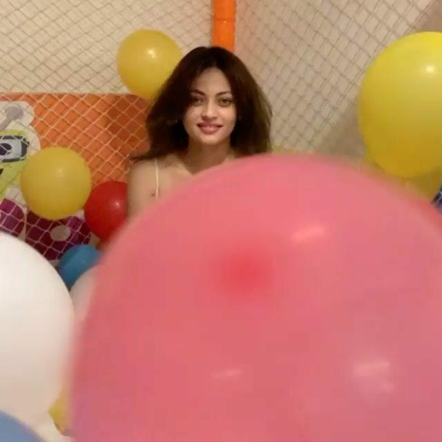 #snehaullal #luckynotimeforlove #aishwaryarai #aishwaryaraibachan #lookalike #salmankhan https://ift.tt/2Pso4fHpic.twitter.com/T8t0qorctZ