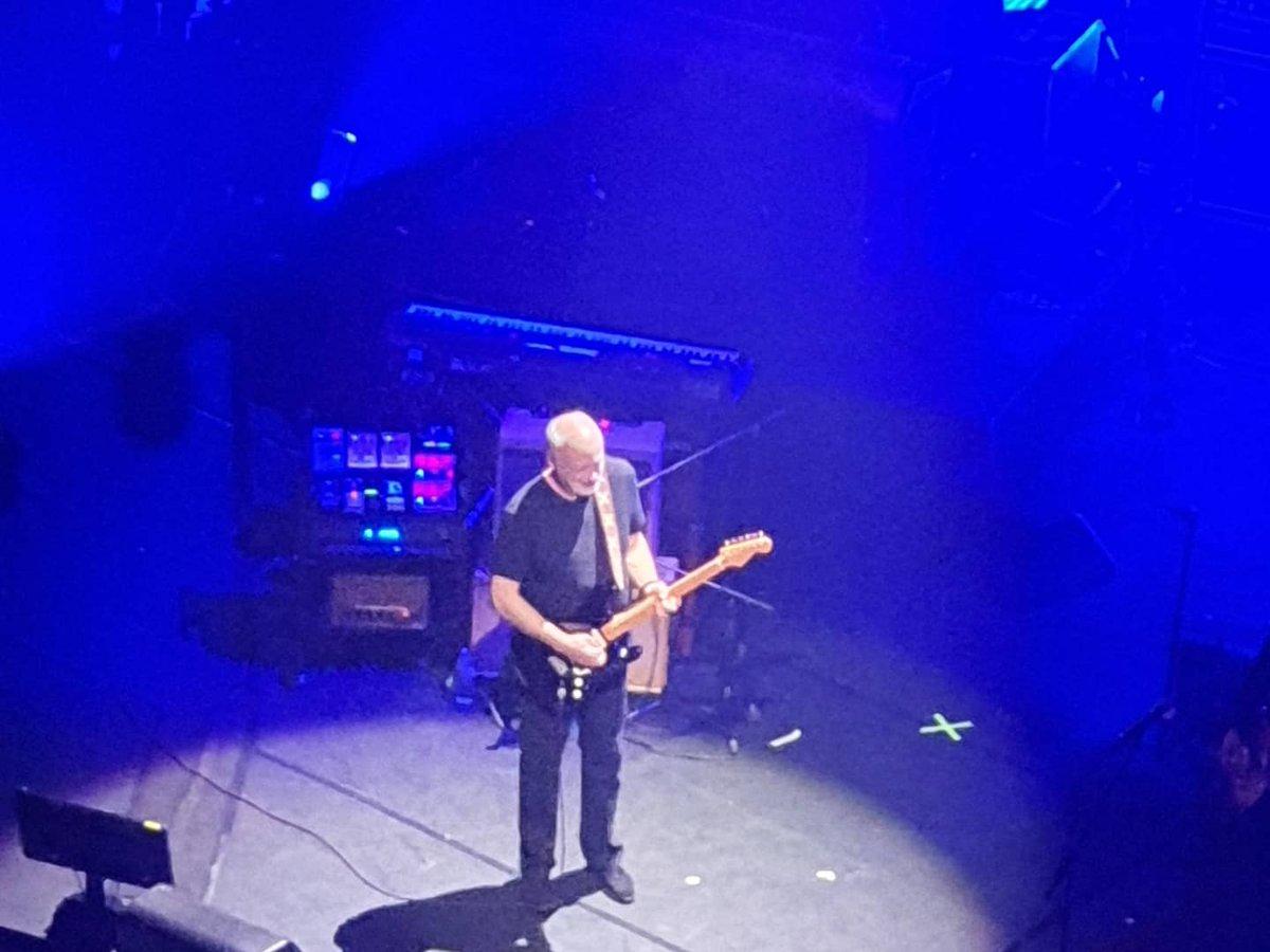 Thanks for last night. Really special tribute to a true legend. #PeterGreen @davidgilmour @KirkHammett @NoelGallagher @PeteTownshend69 @BillyGibbons @MickFleetwood @IamStevenT @LondonPalladium @TeenageCancer @NeilFinn<br>http://pic.twitter.com/jG3jAdwk3K