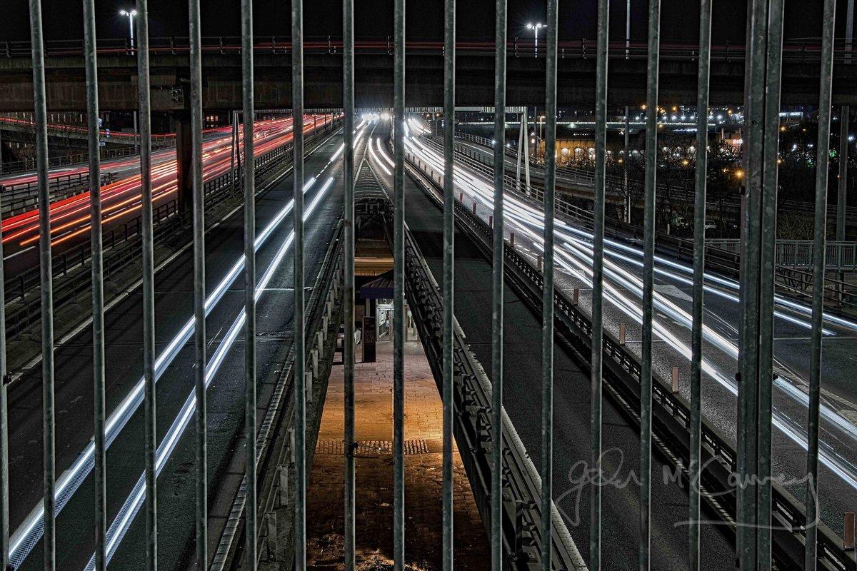 Restricted View  #nightphoto #ThePhotoHour #Glasgowpic.twitter.com/MsKfk9uBAj
