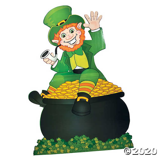 Oh how fun, Sabine! The Leprechauns are there somewhere to bring you a beautiful Spring and lots of Good Luck!! Happy Wednesday/Thursday to you and to all! pic.twitter.com/P93aNqpXD1