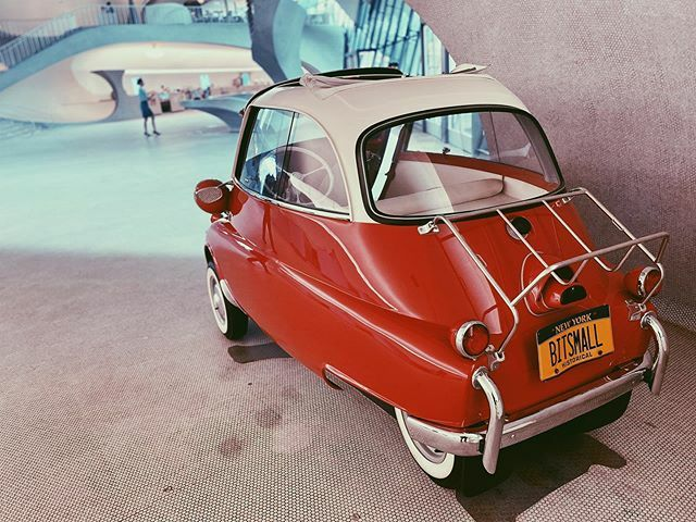 Bit Small #tinycar #classiccar #bmw #isetta #red #twahotel #retro #vintage #vsco #vscocam