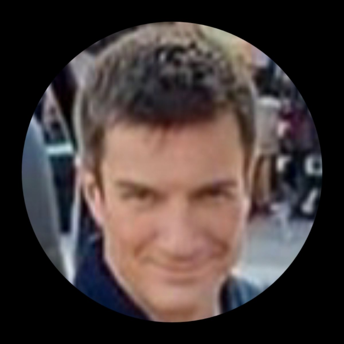 Nathan is  one of a kind ,talented and amazing man .He will always be my favorite Captain t.v crime fighter and actor. 😊#Team Fillion #O.N.F.D