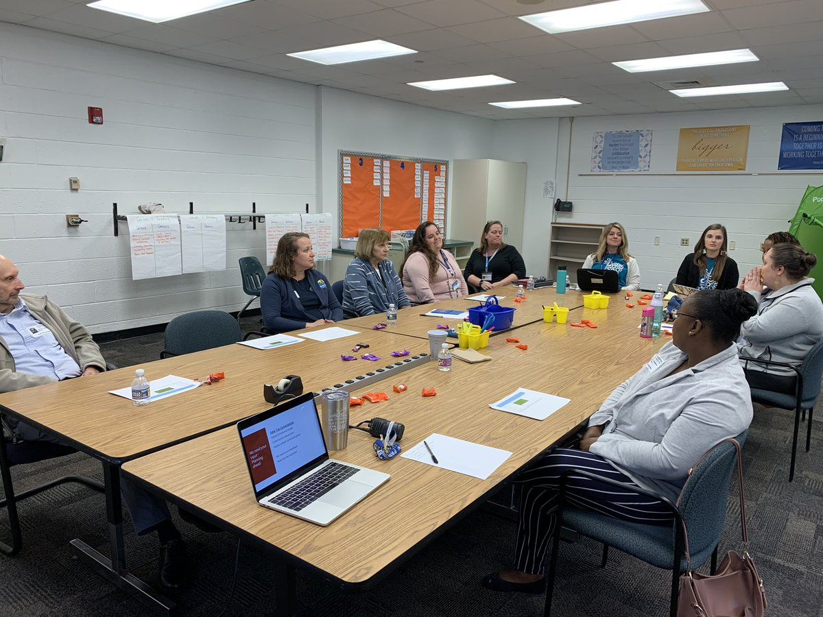 School-home connection is critical! I'm so blessed to have a great School Planning Council @Thalia_Ele