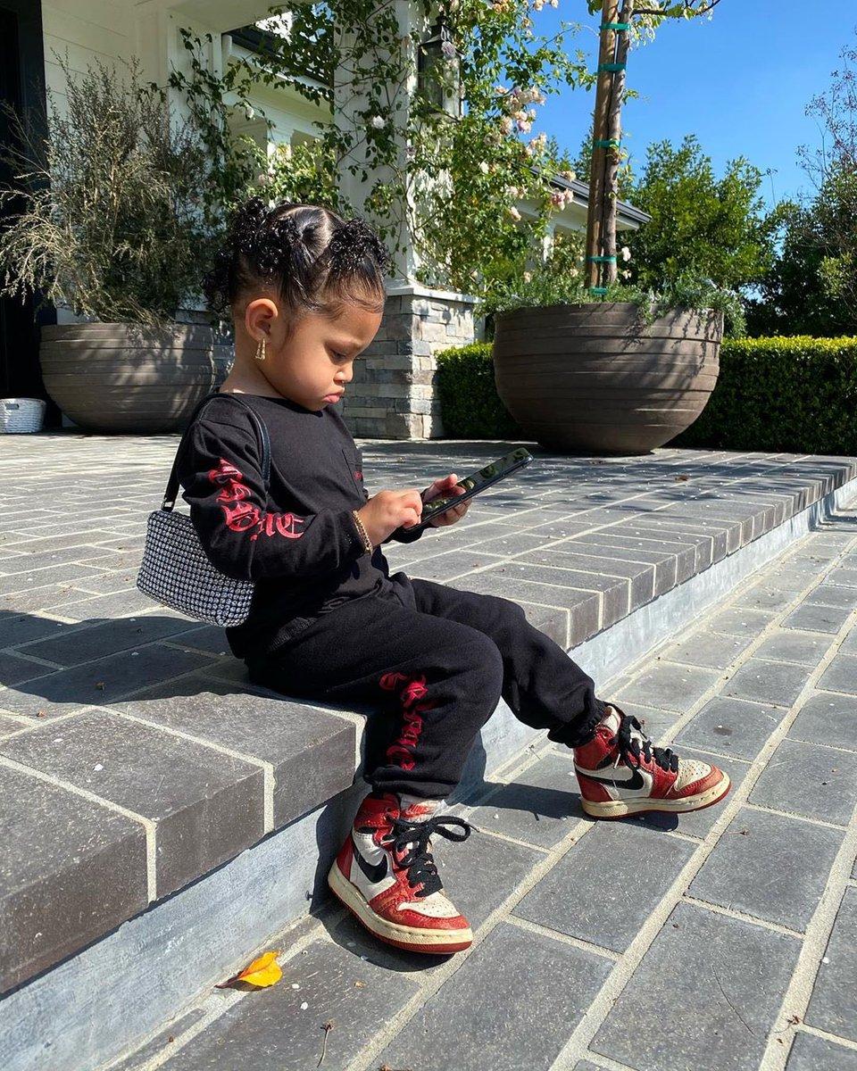 Stormi with the baby OG Air Jordan 1