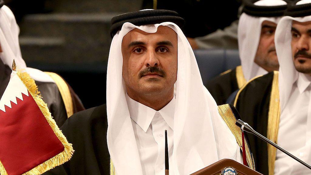 وجه أمير #قطر يوم الأربعاء بإجلاء رعايا بلاده و #الكويت من إيران جراء تزايد أعداد الإصابات والوفيات هناك بسبب فيروس #كورونا الجديد. وكانت وزارة الصحة والتعليم الطبي الإيرانية قد أعلنت أن تفشي فيروس كورونا الجديد أثر على 139 حالة، توفي منهم 19 شخصا على مدار الأسبوع الماضي.