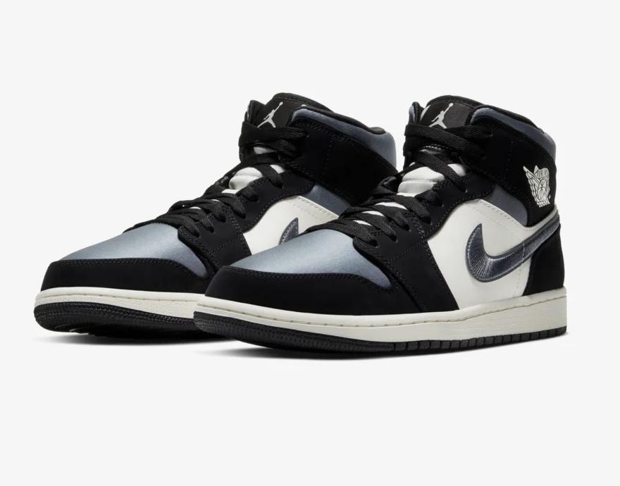 #SneakerScouts The Air Jordan 1 Mid 'Black/Smoke Grey' is now available via @FinishLine! |$125| https://www.finishline.com/store/product/mens-air-jordan-retro-1-mid-premium-basketball-shoes/prod1360415?styleId=852542&colorId=011&ranMID=37731&ranEAID=zAJE4hSbGa4&ranSiteID=zAJE4hSbGa4-WuT96au.yewP2bBhadDulA&CMP=AFL-LS-affiliatechannel&sourceid=affiliate&utm_source=3516449&utm_medium=affiliate&utm_campaign=1&siteID=zAJE4hSbGa4-WuT96au.yewP2bBhadDulA…pic.twitter.com/hmomVmpmtg