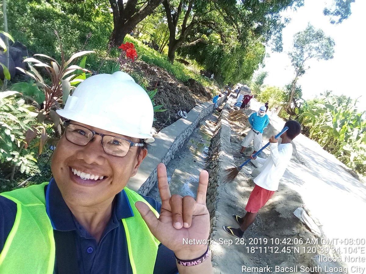 #smile #selfie #engineer #civilengineer #work #construction #friends #build #builder #goodvibes #heavyequipment #friends #happy #instagood #photooftheday #fashion #beautiful #happy #beastmode #fitness #lakers #lakeshow #workinprogress #mvf88 #goodvibes