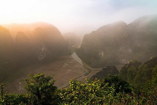I have no bucket list, just an interest to see and experience what I can.  #Vietnam #NinhBinh #karst #Travel #Sonyalpha #BeAlpha #Theoutbound @Thejournaloflosttime https://ift.tt/2PrPFO0pic.twitter.com/T19dSKjeSl